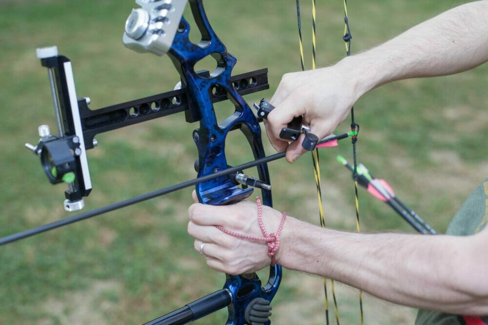 Can You Shoot A Compound Bow Without A Release