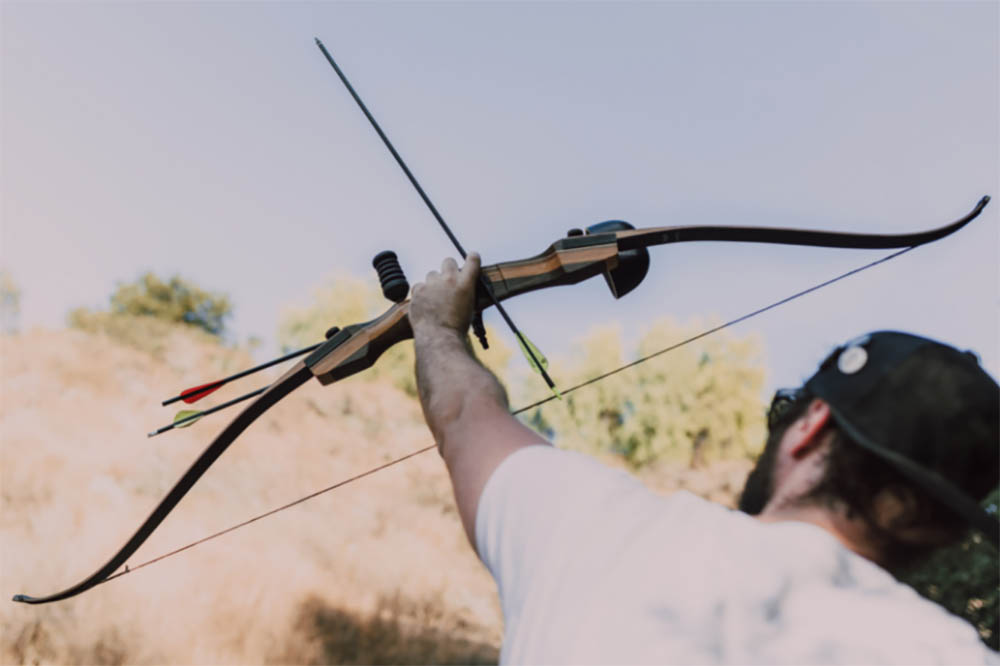 Is A Recurve Bow Hard to Shoot